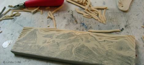 LINDA COTE-Carving block