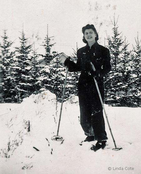 LINDA COTE - Aunt skiing