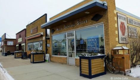 LINDA COTE-Bluerock Gallery Front