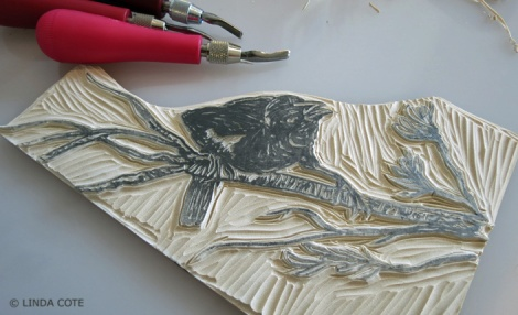 LINDA COTE-Blackbird carving3