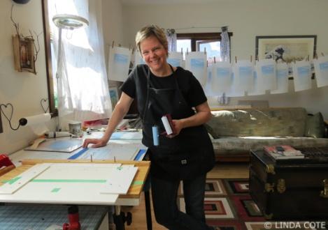 LINDA COTE-in studio