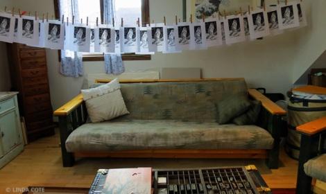 LINDA COTE-Squirrel Prints in Studio