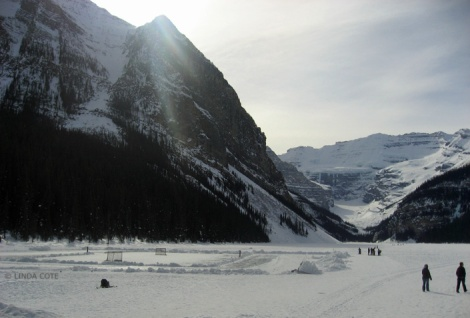 LINDA COTE-Hockey Lake Louise