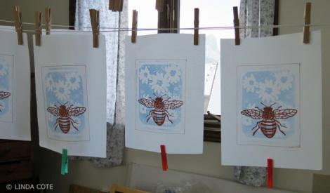 LINDA COTE- hanging print bee