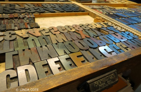 LINDA COTE-Wood letter type