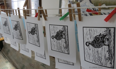 LINDA COTE-Duck print hanging