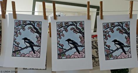 LINDA COTE-Painted Magpie Prints