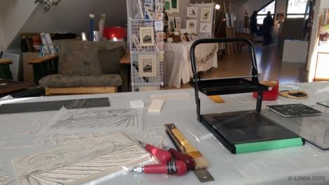LINDA COTE-Open Studio Carving