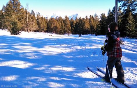 LINDA COTE-Skiing