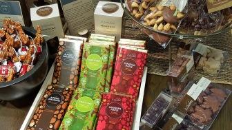 LINDA COTE-Branches Le Chocolatier